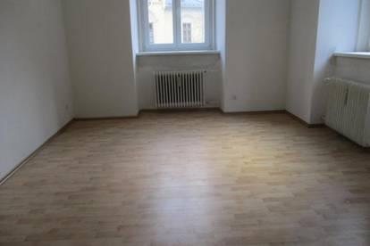 Renovierungsbedürftige 2-Zimmer-Wohnung in Thörl !