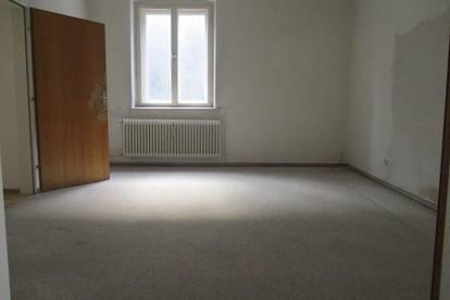Renovierungsbedürftige 4-Zimmer-Wohnung in Thörl nahe Kapfenberg !