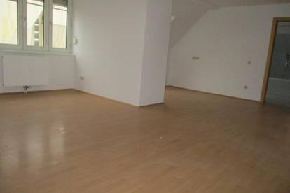 Geräumige 2-Zimmer-Dachgeschoss-Wohnung in Gratkorn !
