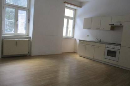 Kleinwohnung mit Küchenblock in Thörl nahe Kapfenberg !