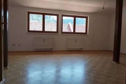 3-Zimmer-Wohnung mit Küchenblock im Zentrum von Kapfenberg !