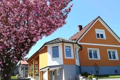 Sehr schönes Einfamilienhaus in Aussichtslage