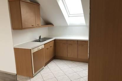 Dachgeschoß Wohnung  - Kein Lift