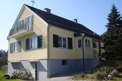 Hübsches Einfamilienhaus mit ca. 100m² Wfl. und Gartenbenützung