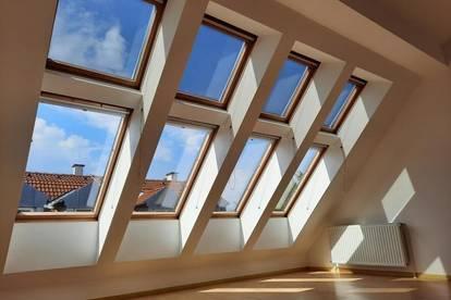 Modernes Reihenhaus mit Dachgeschoß-Loft
