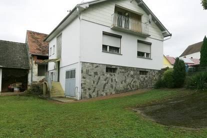 Kleines Wohnhaus mit Potential
