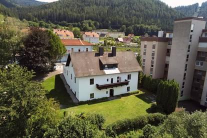 Ein- Zweifamilien Wohnhaus in Zentrumsnähe