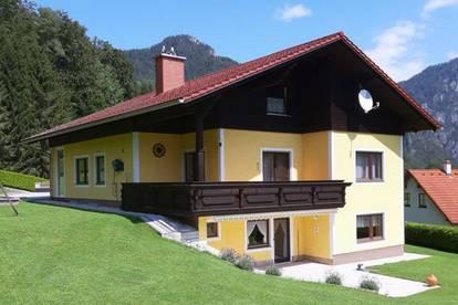 Familienhaus in unverbaubarer Aussichtslage