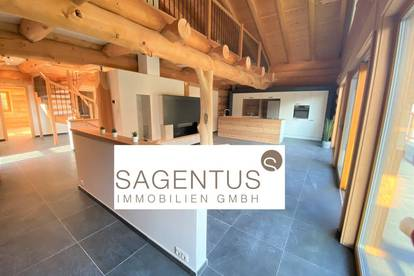 Nebenwohnsitztauglich: Einzigartige Maisonette-Wohnung im Blockhausstil mit Bergblick zu erwerben