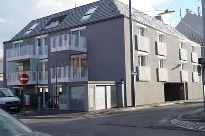 Garagenplatz in modernem Neubau