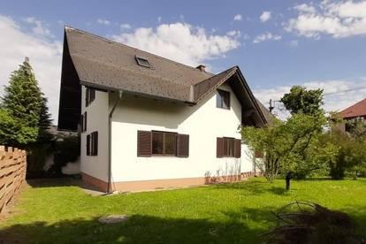 Wetzelsdorf: Geräumige Hausetage auf 2 Ebenen! Mit Gartenmitbenützung!