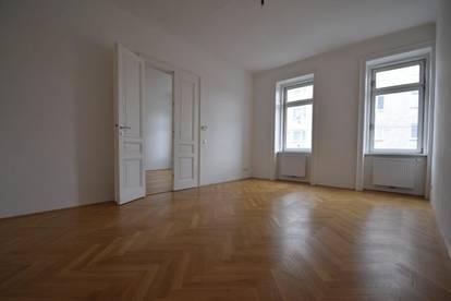 Entzückende Altbauwohnung - saniert - Ideale Raumaufteilung!