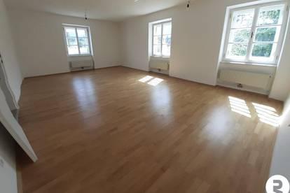 Generalsanierte 3-Zimmer-Wohnung mit Autoabstellplatz - Provisionsfrei für den Käufer!
