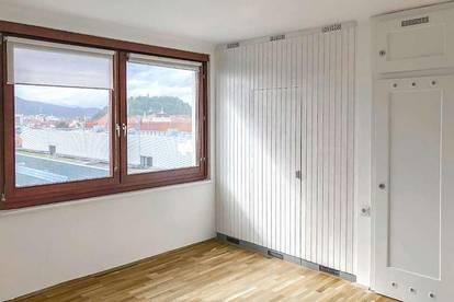 Neben TU: WG-geeignete 3-Zimmerwohnung mit Blick auf den Schlossberg! PROVISIONSFREI!