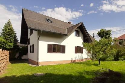 Vielseitiges Einfamilienhaus! Arbeiten und Wohnen unter einem Dach!