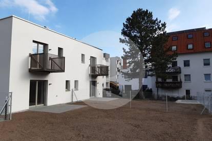 ERSTBEZUG-geräumige Doppelhaushälfte mit Garten