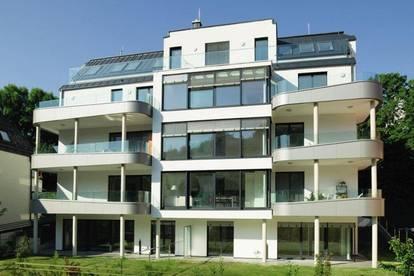 Großzügig angelegte 3-Zimmer-Wohnung mit Terrasse und großem Garten