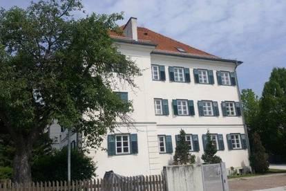 3-Zimmer-Wohnung im Dachgeschoss zu vermieten