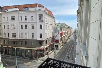 Klassische Altbauwohnung im Herzen der Josefstadt mit kleinem Balkon