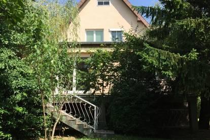 Gut erhaltenes Einfamilienhaus in Brunn am Gebirge!