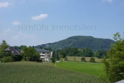 Wertanlage: 3-Zimmer-Dachgeschoß-Wohnung mit Festungsblick in Aigen