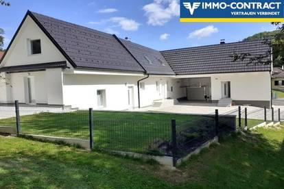 Erstbezug nach Kernsanierung und Ausbau! Zweifamilienhaus mit Gästeappartement in ruhiger Grünlage