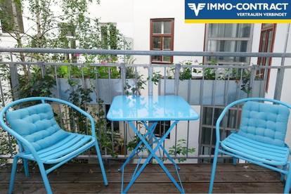 Stilvolle Altbau-Beletage mit Balkon