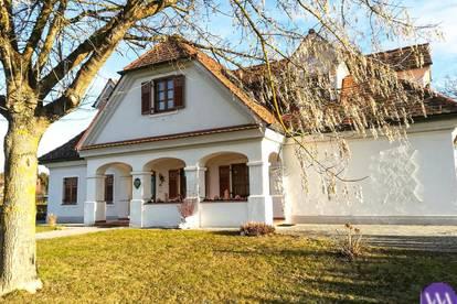 Traumhafter Vierkanthof in sonniger Lage Nähe Fürstenfeld ...!