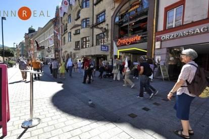 IN BESTLAGE DER INNSBRUCKER CITY MARIA THERESIEN STRASSE