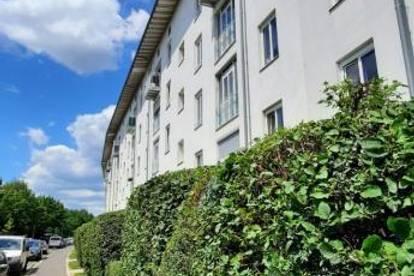 Charmante 3-Zimmer Wohnung mit Eßveranda  am grünen Stadtteil von Linz! Umgeben von Grünflächen und ausgezeichnete Infrastruktur! Provisionsfrei
