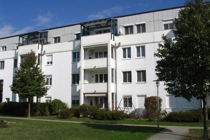 Sichern Sie sich diese erstklassige und leistbare 3-Raum-Wohnung im wunderschönen Linzer Stadtteil Ebelsberg! Inkl. top Infrastruktur! Provisionsfrei!