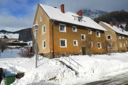 Eigenes Haus mit großem Grundstück in sonniger Aussichtslage! Ab € 344,--  mtl. Rückzahlung!