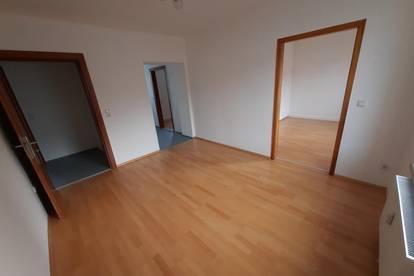 Stilvolle 2-Raum Wohnung in Toplage mit hervorragender Infrastruktur! Garantiert hohe Wohnqualität! Provisionsfrei!