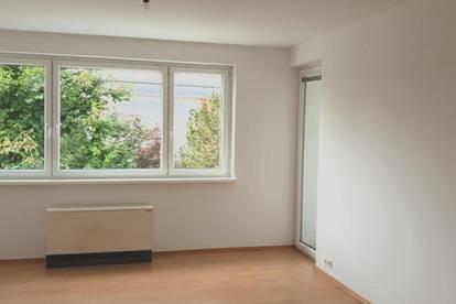 Garantiert einzigartiges Wohnerlebnis! Leistbarer 3-Raum-Wohn(t)raum mit Balkon in grüner und dennoch zentraler Ruhelage! Provisionsfrei!