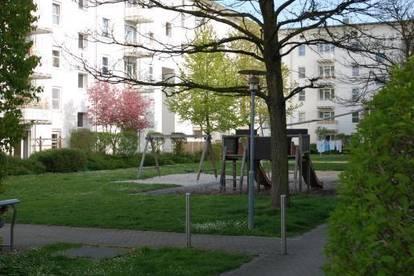 Naturnahes Wohnen im beliebten Stadtteil Ebelsberg! Perfekte Raumaufteilung - inkl. Balkon! Ideale Anbindung in das Linzer Zentrum! Provisionsfrei!