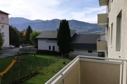 Erleben Sie ein einzigartiges Wohngefühl! Zentral gelegene, moderne 3-Raum-Wohnung mit Balkon in Toplage! Ideal für ruhesuchende Naturliebhaber!