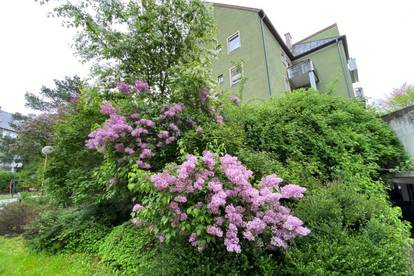 Oed/Bindermichl: Durchdachter Grundriss -  attraktive Wohnung mit Balkon und überdachtem Autoabstellplatz - provisionsfrei und sofort beziehbar!!