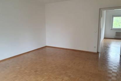 Großzügige 3-Raum-Wohnung mit Loggia im Stadtteil Oed/Bindermichl! Sofort beziehbar! Provisionsfrei!