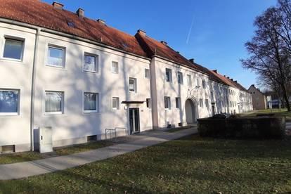 Single Wohnung, 1 Raum mit Badewanne im schönen Stadtteil Steyr Münichholz