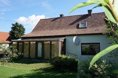 Super Einfamilienhaus mit Wintergarten, gepflegtem Garten und Garage in Ternitz!