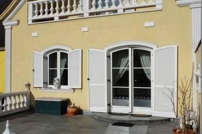 Traumhaftes Stadthaus mit Terrasse, Balkonen, Pool und gewerblicher Fläche mitten in Neunkirchen!