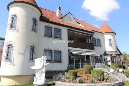 CAMPO-LANDHAUS: Platz genug für Wohnen und Ordination, Seminare, Atelier, etc.,