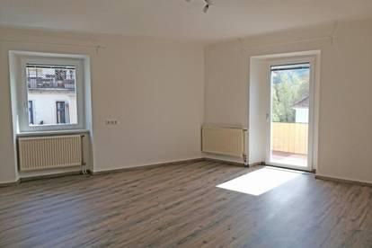 Mareckkai - 4 Zimmer Wohnung auch WG tauglich, 128 m² Wohnfläche, kleines Bad.