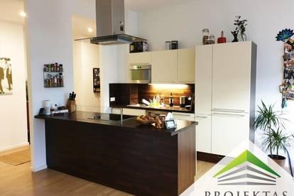3 Zimmer mit Innenhofbalkon und Küche im Zentrum!