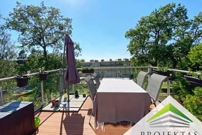 3 Zimmer DG- Wohnung mit Küche und großer Terrasse