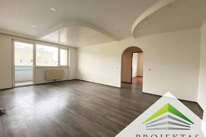 Haid: 4 Zimmer Wohnung mit Balkon - ab sofort verfügbar!
