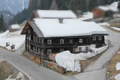 Charme aus dem 16 Jahrhundert – teilsaniertes Bauernhaus im Defereggental