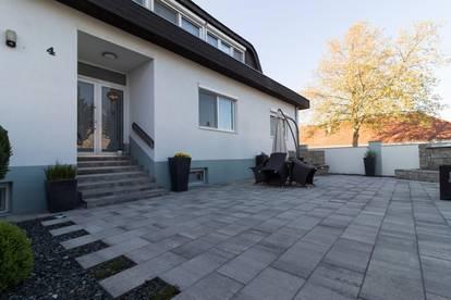+ Einmaliges PRUNKSTÜCK, mit wunderschöner Gartenanlage & zwei Wohneinheiten, in DEUTSCHKREUTZ zu verkaufen! +