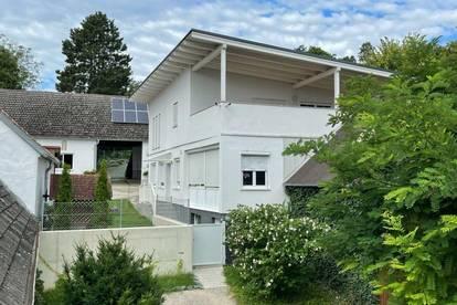 +Liebevolles Ein-/Mehrfamilienhaus in Ruhelage, direkt in Oberpullendorf in sehr gutem Zustand mit bester Infrastruktur! + Garten, Garagen, Nebengebäude, Klima, Photovoltaik+