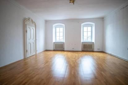 Großzügige 3,5-Zimmer-Altbau-Wohnung in Neumarkt